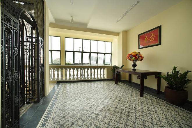 Mẫu thiết kế biệt thự kiểu Pháp cổ trong lòng Sài Gòn náo nhiệt - 7