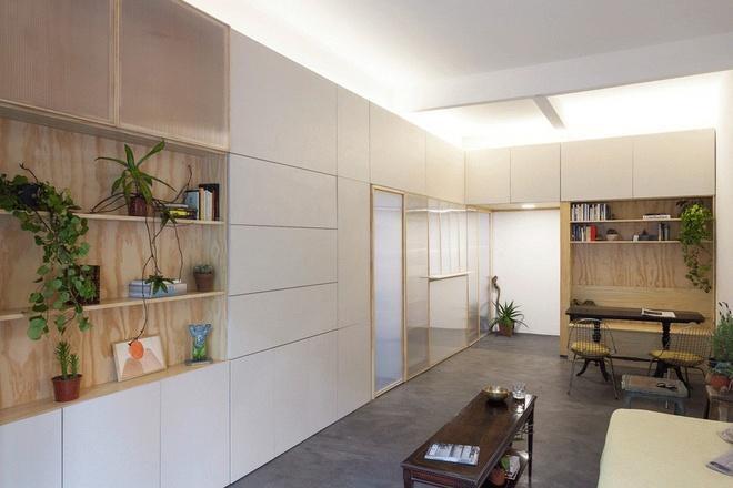 Thiết kế căn hộ 60m2 cực sáng tạo khi biến tường thành tủ đồ - 2