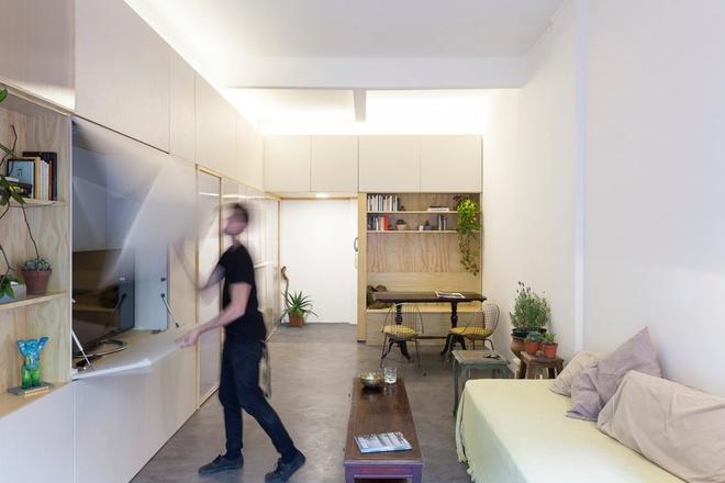 Thiết kế căn hộ 60m2 cực sáng tạo khi biến tường thành tủ đồ - 5