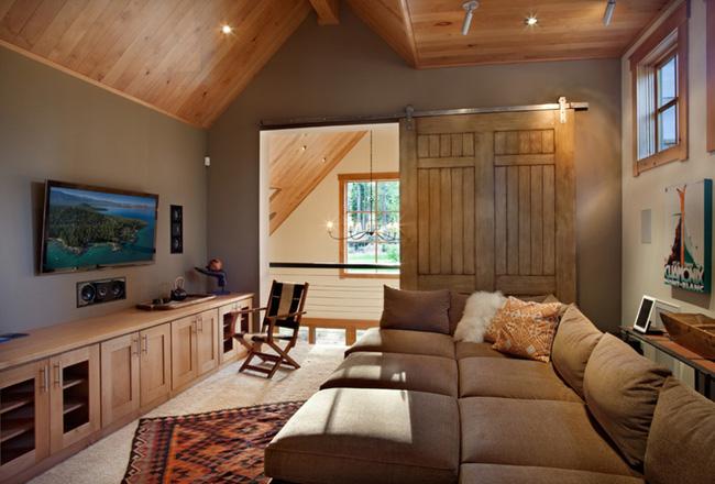 Cửa gỗ cánh trượt- Giải pháp giúp không gian đẹp bất ngờ