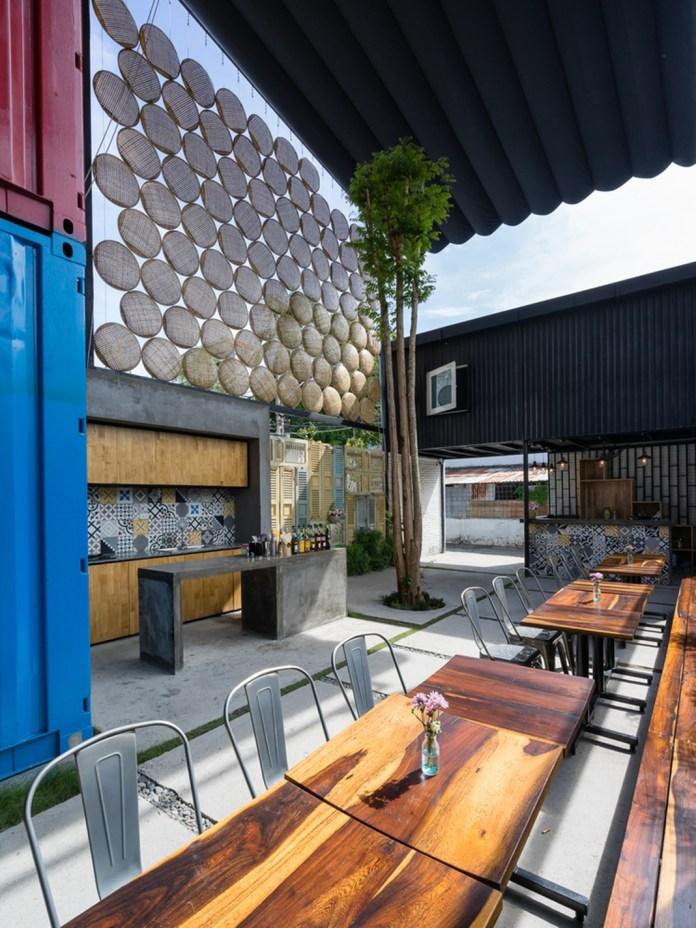 Chiêm ngưỡng vẻ đẹp hiện đại của khách sạn container tại Nha Trang