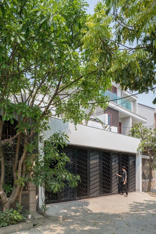 Lạ lùng căn nhà không mái đón gió mát lạnh ở Hà Tĩnh