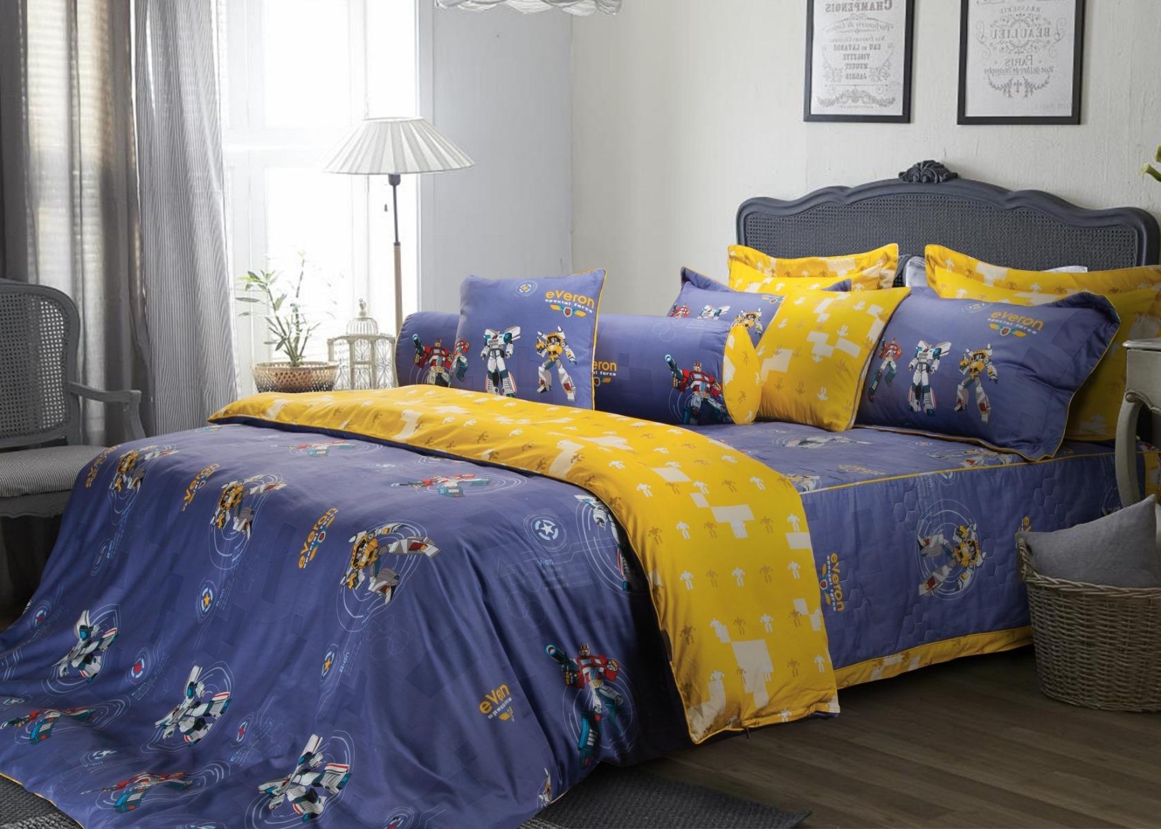 Phía trên giường ngủ, gia chủ không nên đặt chùm tia sáng để tránh cảm giác nặng nề