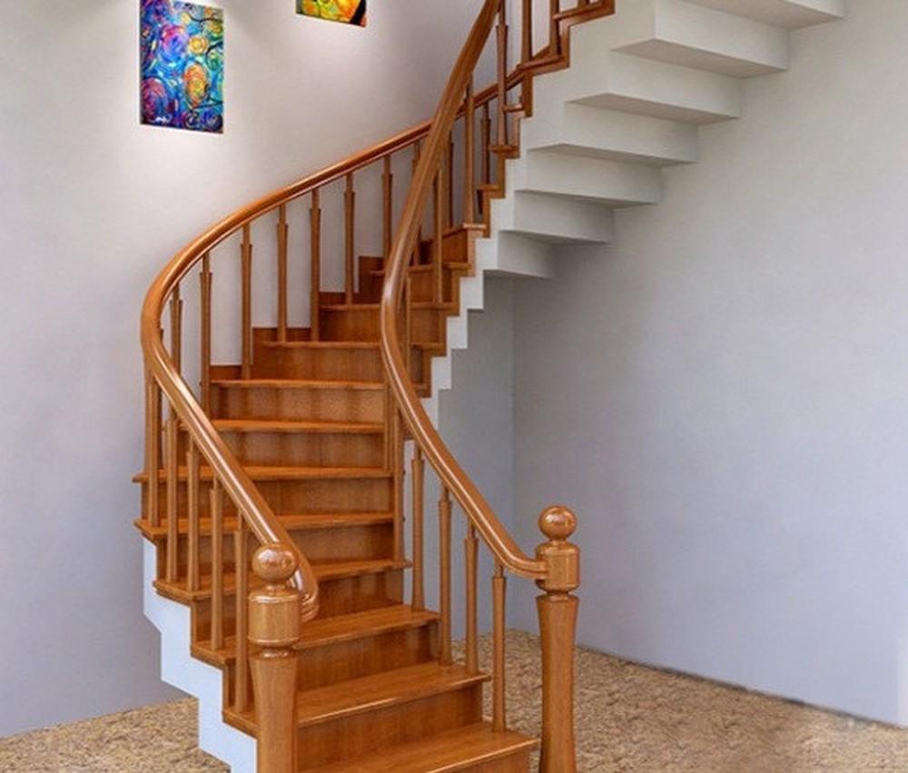 Cầu thang phải được thiết kế đảm bảo không gian đẹp rộng rãi, thoáng đãng và không bị tù túng