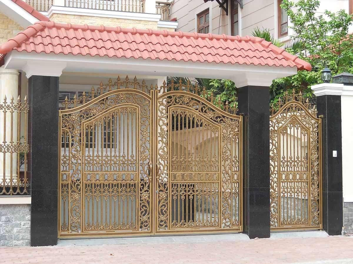 Với màu sắc sáng, mẫu cổng nhà này sẽ đem đến cho ngoại thất sự hài hòa và dễ chịu