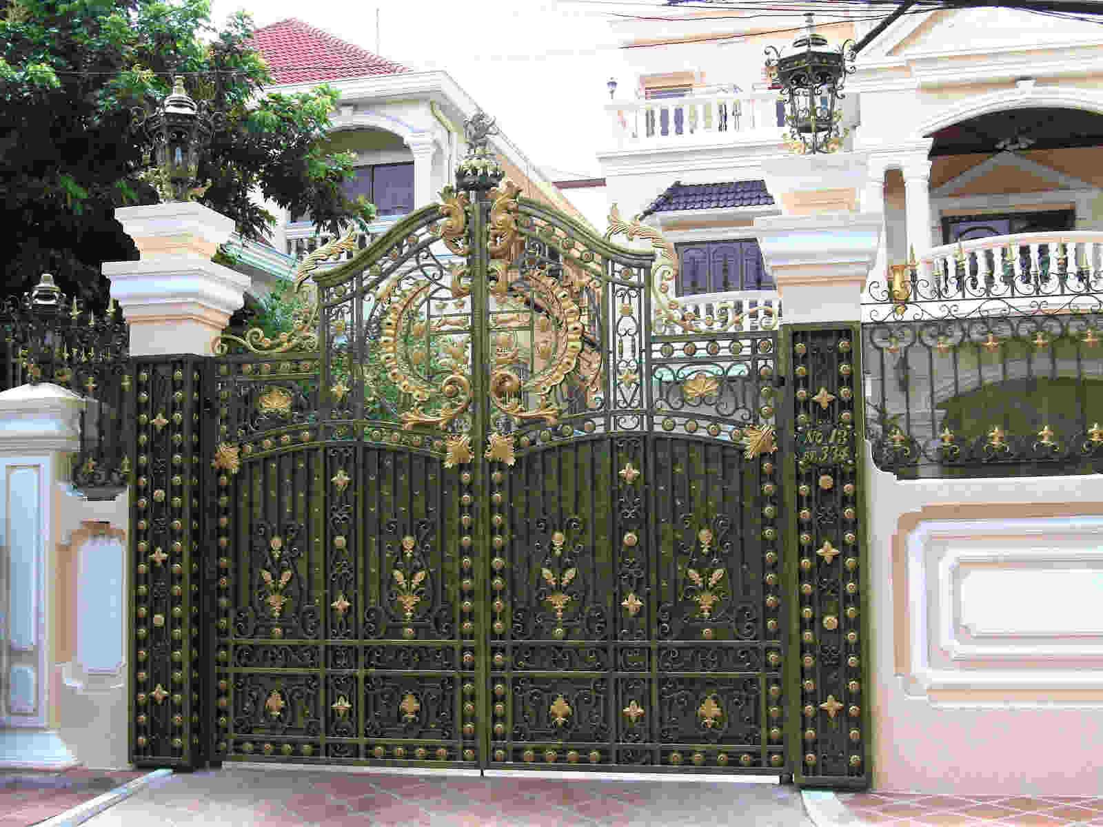 Đây được xem là lựa chọn hàng đầu của gia chủ về cổng nhà phố dành cho thiết kế nhà ống đẹp
