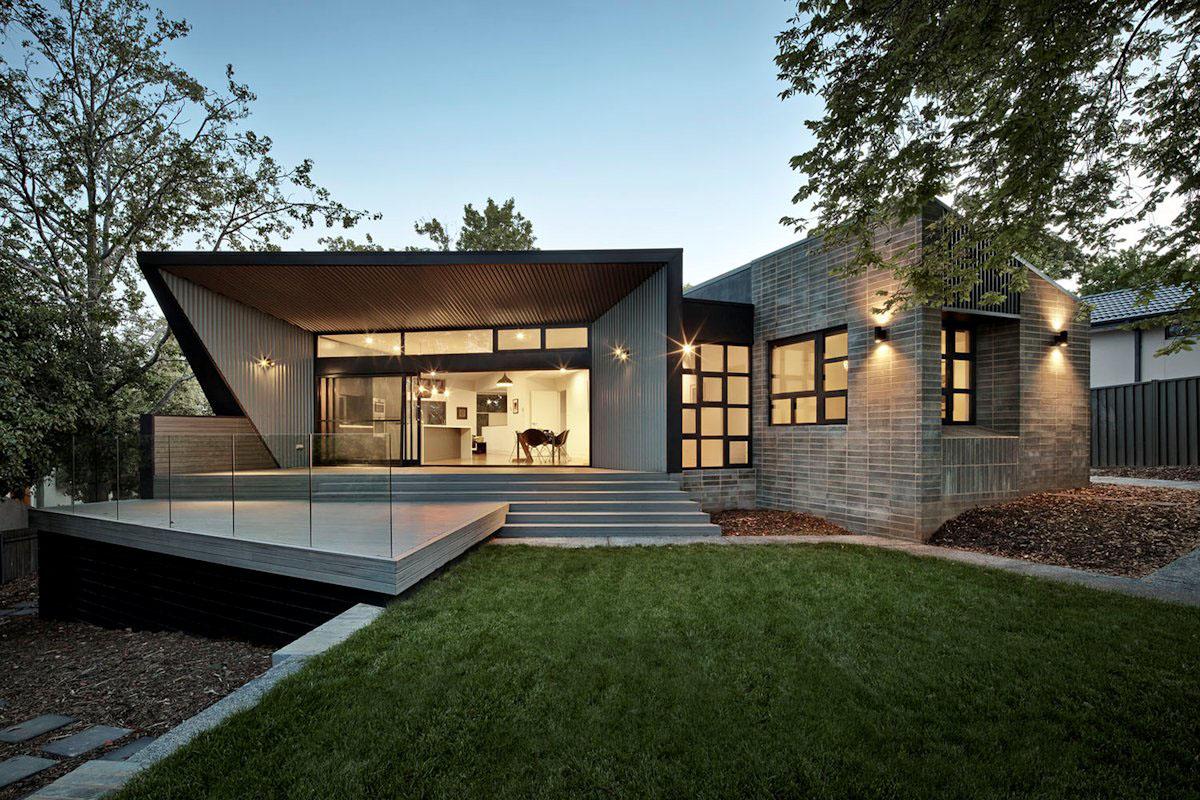 Thông thường, bậc thềm nhà sẽ được xây dựng bằng gạch, đổ bê tông hoặc ốp bằng đá
